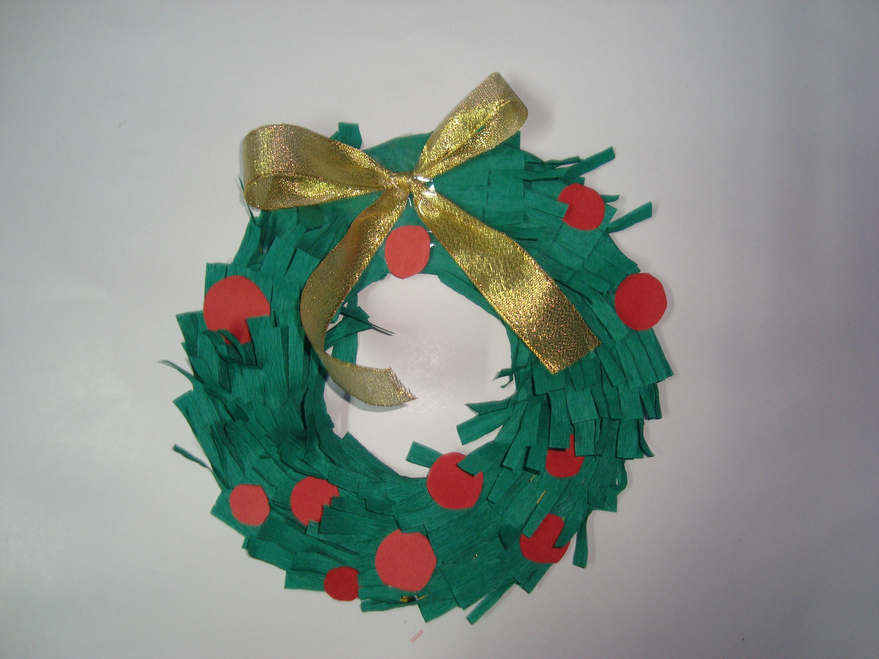 Easy to make christmas crafts for toddlers - Christmas Paper Wreaths Craft For Kids Easy To Make