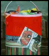 Halloween   Treat Can  : How to Make Halloween Treat Bags Instructions
