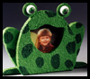 Froggie Photo Frame Arts & Crafts Project