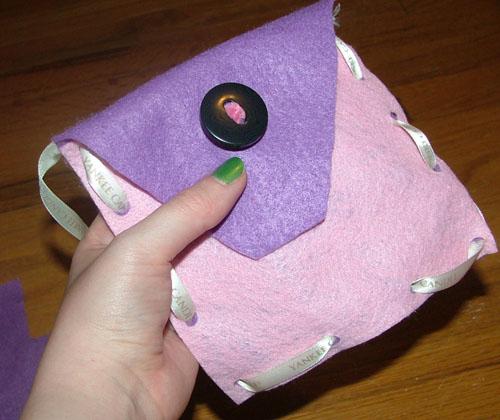 felt-purse-step-six