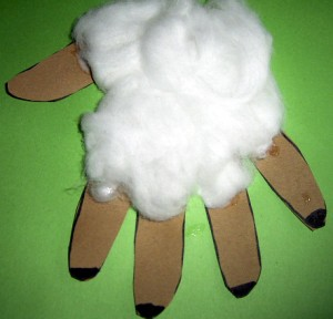 hand-lamb-feet
