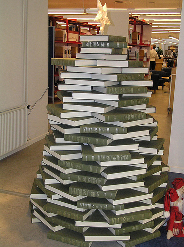 Library Books Christmas Tree