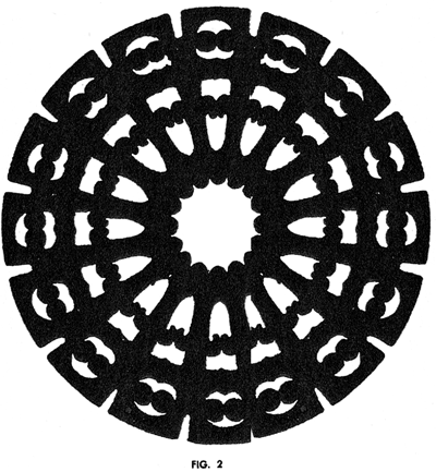 "When opened, the pattern shows the heavy ""cog wheel"" effect"