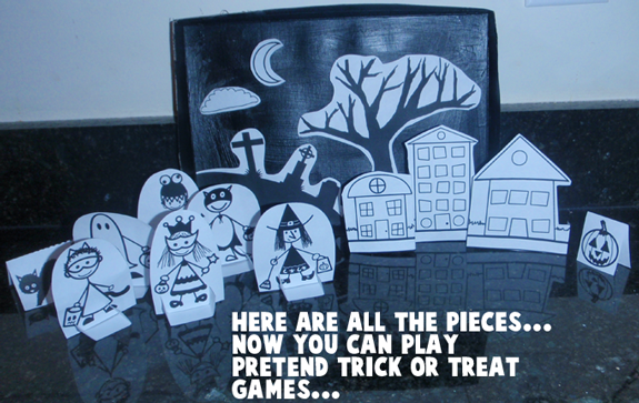 Here are all the pieces... Now you can play pretend Trick-or-Treat games.