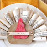 14 Fun and Festive Thanksgiving Place Card Ideas