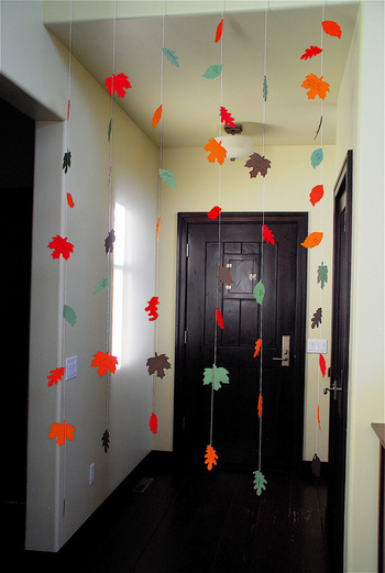 Thankful Leaf Garland Decoration