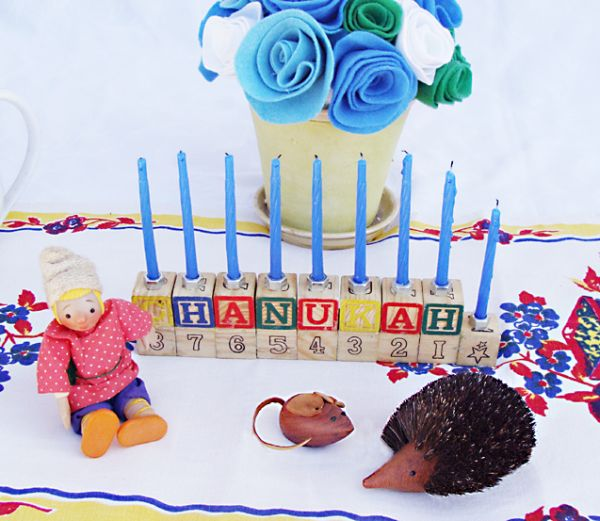 Alphabet Blocks Menorah Craft