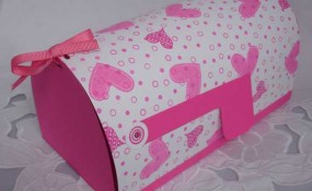 Awesomely Cool Valentine's Day Mailbox Craft Ideas